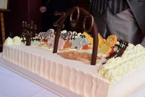 動物園 ウェディングケーキ